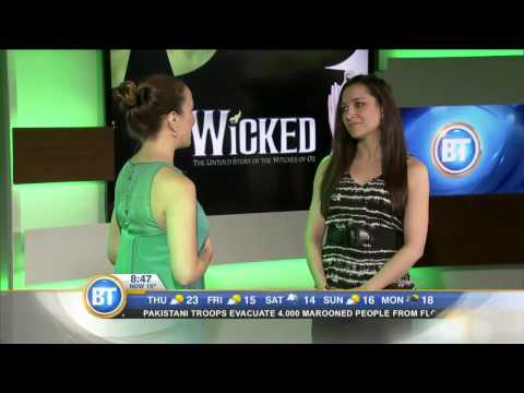 The stars of Wicked perform