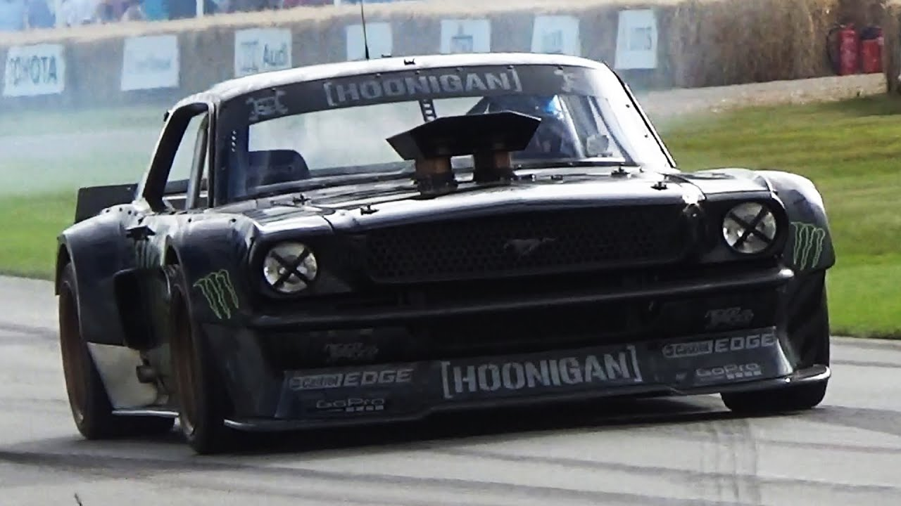 ken block 39 s 845hp mustang hoonicorn drifting loud sound and donuts youtube. Black Bedroom Furniture Sets. Home Design Ideas