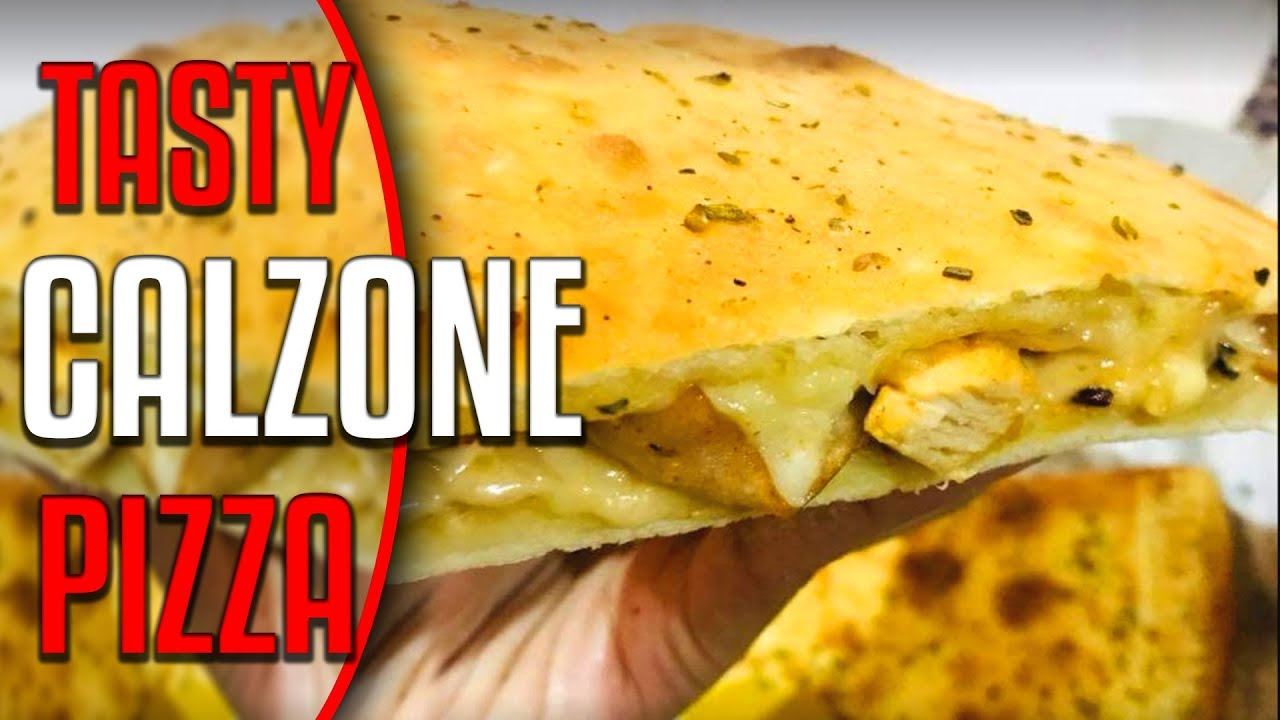 Calzone Pizza At The New York Pizza Karachi Youtube