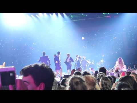 Taylor Swift Adelaide  Shake It Off