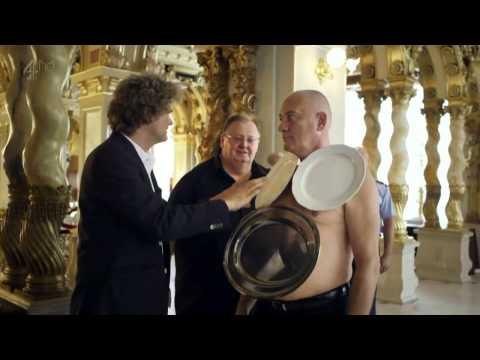 Man Vs Weird Laszlo Harasztosi & Simon Farnaby