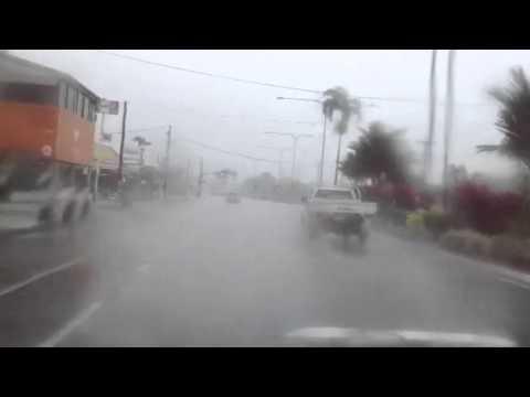 Cairns cyclone Ita #4