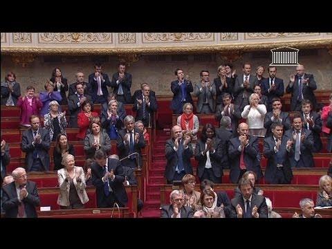 Standing ovation pour  Christiane Taubira à l'Assemblée - 06/11