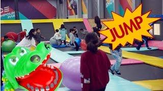 [원더키즈TV] 원더키즈티비가 키즈까페 방방에서 팡팡, 점프점프를 하면서 놀았답니다.
