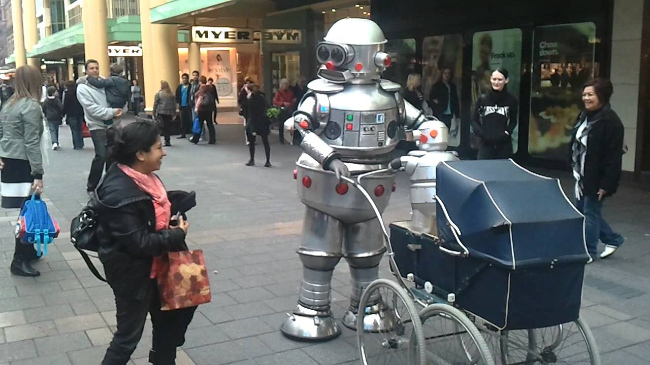 Tubby Robot Cosplay In Rundle Mall Adelaide Avcon 2011 Youtube