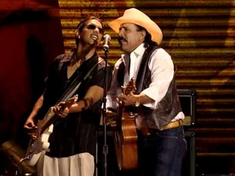 Los Lonely Boys Feat  Willie Nelson - Outlaws (Live At Farm Aid 2006)