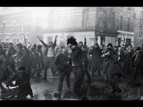 Download Bloody Sunday: Rare actual footage of how it all unfolded (30 Jan. 1972, Derry, Northern Ireland)