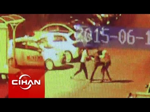 Gençlerin sokak ortasındaki kavgası kameraya yansıdı
