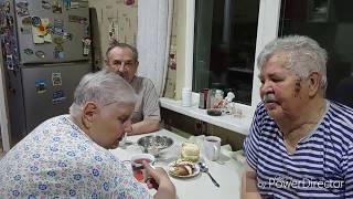 старики окунулись в свою молодость,без мата не обошлось))))))))))))) 26 сентября 2018 г.