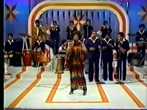 Celia cruz en concierto con la Sonora Ponceña
