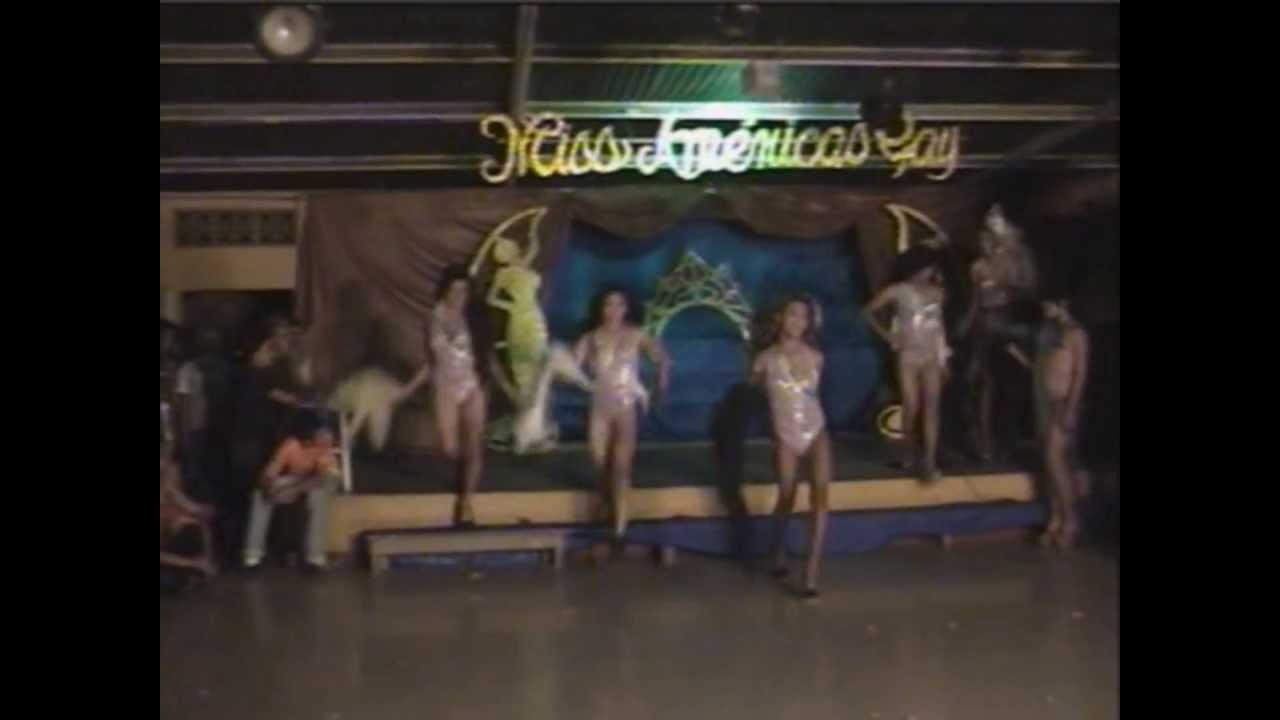 Trajes de ba o miss am ricas gay 2013 youtube - Banos publicos gay ...