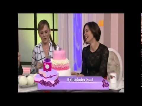 Roxanna Castellanos en Netas Divinas 1 de 2