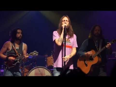 The Black Crowes - She Talks to Angels (Acoustic); Vic Theater - Chicago, IL 4.17