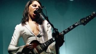 PJ Harvey The Desperate Kingdom of Love live 2003