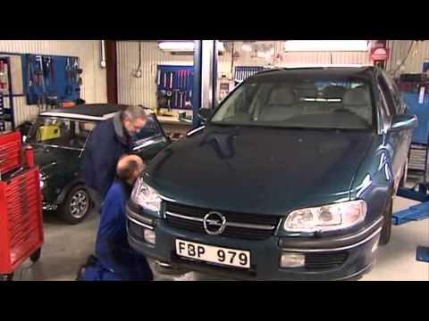 Opel Omega X25XE, стучит
