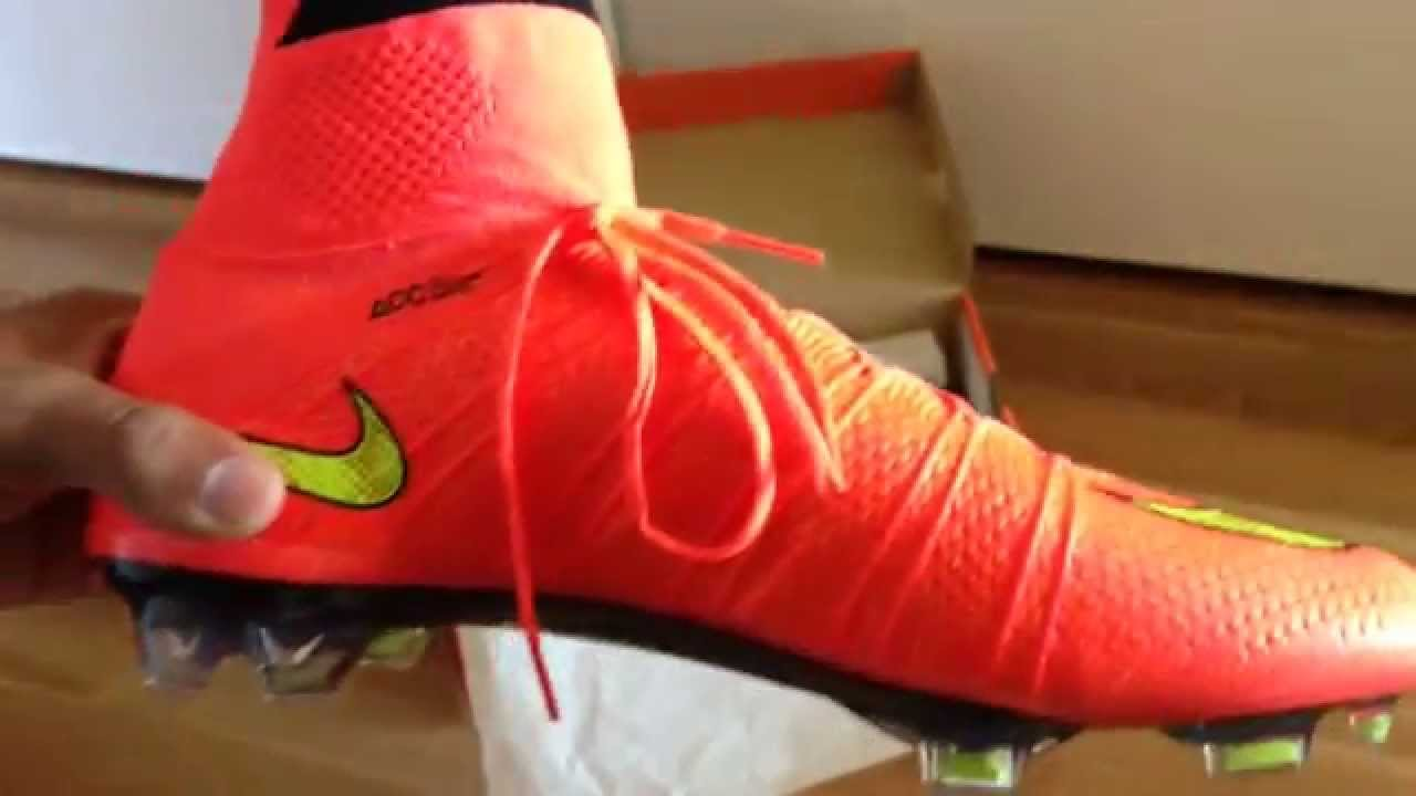 release date b9de4 1831e Nike Mercurial Superfly 4 FG WC Edition Hyperpunch Gold-Black
