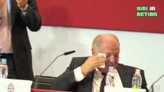Uli Hoeneß weint auf der Jahreshauptversammlung 2013 des FC Bayern München (short video)