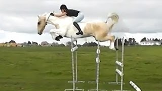"""Free Riding"" Jumping huge bareback"