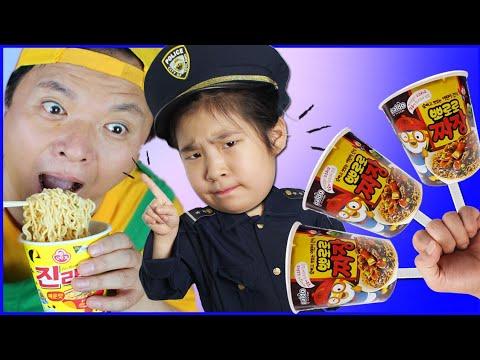 뽀로로 짜장면  Kinderlieder Und Lernfarben  Pororo Noodle Children Johny Yes Papa 핑거패밀리 죠니 예스파파 Kids Play