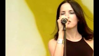 The Corrs - What Can I Do (HQ - Party in The Park 1998)