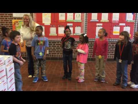 Moon Elementary School receives books