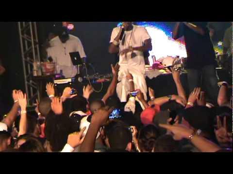Soulja Boy - Speakers Going Hammer [Live in Rio de Janeiro - BRASIL] PART 8