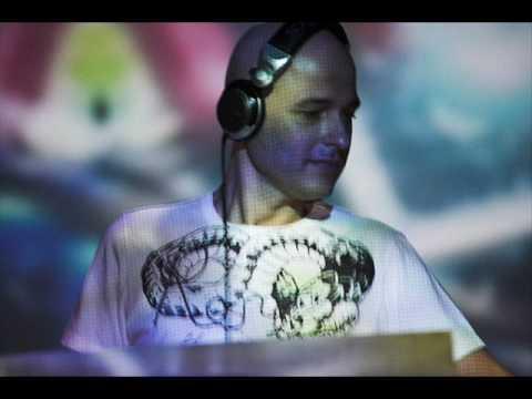 Xpress2 - Kill 100 (Marco V K10 Remix).wmv