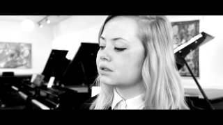 Caroline Castell - Tidsrejsen (live & akustisk, fra DRs Julekalender 2014)