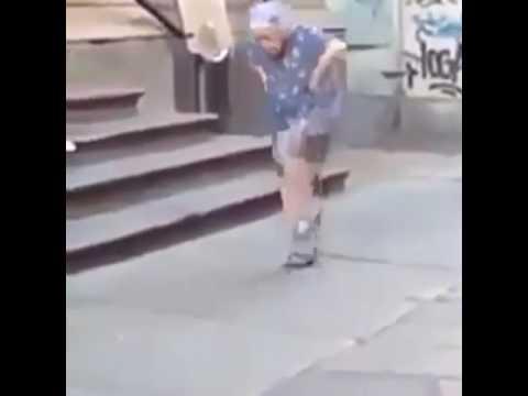 Dünyanin en gulmeli videosu