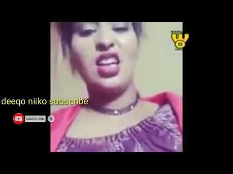 Download Naag ka sheekaynaysa qabka ugu macaan ee loo waso hablaa