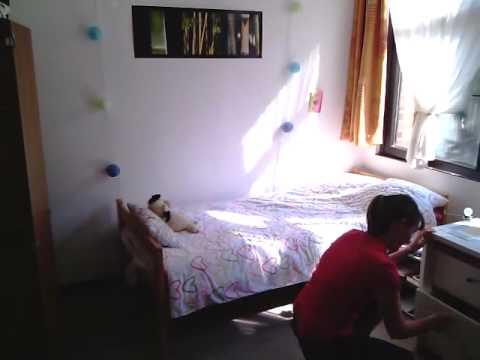 visite d 39 une chambre d 39 tudiant l 39 umons universit de mons youtube. Black Bedroom Furniture Sets. Home Design Ideas
