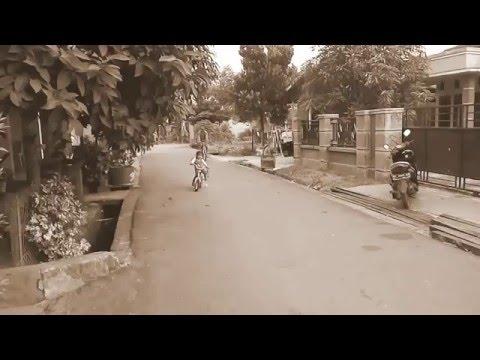 Fika naik sepeda