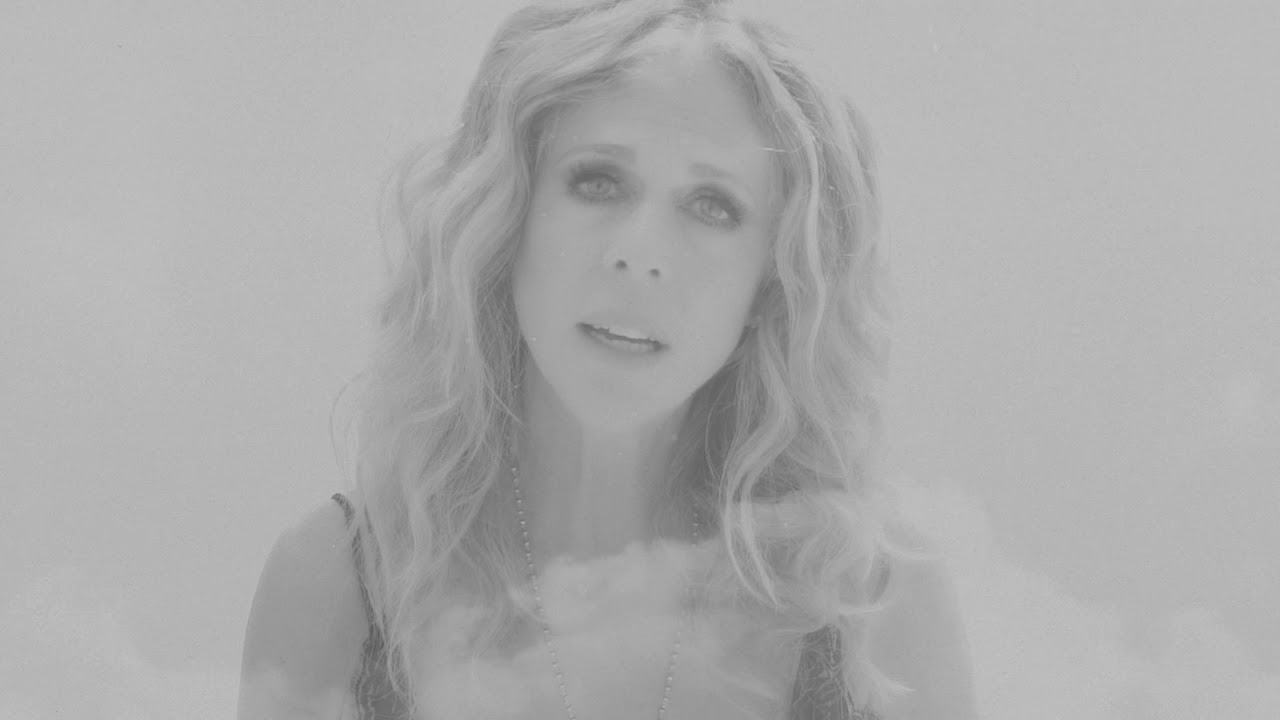 Rita Wilson – Bigger Picture (Official Video)