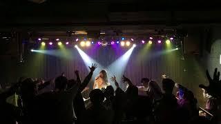 東京を中心に台湾・大阪などで活動しているフリーランスのソロアイドル...