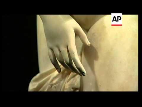 Display of 'body beautiful' Greek statues in Taiwan