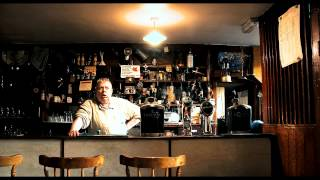 THE AMERICAN IN THE TOILET - Extract from The Irish Pub