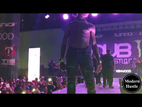 Famous Dex - Ok Dexter (Live) THROWS HIS GUCCI OFF STAGE TO HIS FANS !!!!!