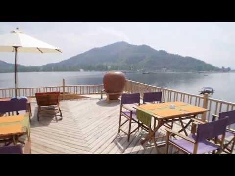 Gurkha Houseboats Booking