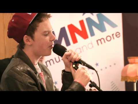 Conor Maynard - Can't Say No (live bij MNM)