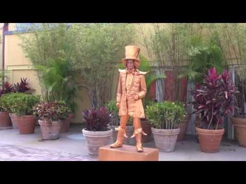Living Statue Entertains Guests at Downtown Disney Walt Disney World