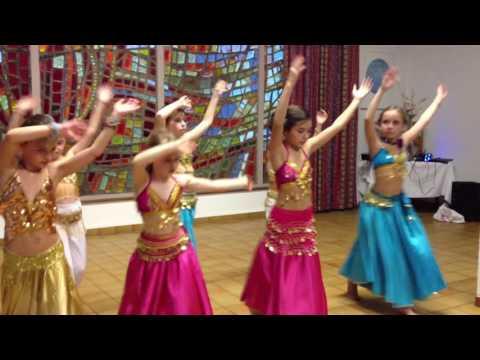 Cours de Danse Orientale enfants avec Louna