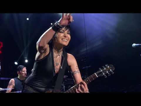 Joan Jett - Toronto - July 4, 2018 -  Fresh Start (New Song), I Love Rock 'n Roll, & I Hate Myself
