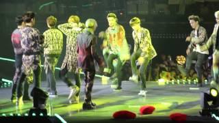 140711 EXO- The Lost Planet in Taipei - dance battle EXO-M vs EXO-K & XOXO