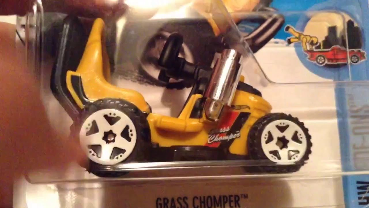 Hot Wheels Grass Chomper (New for 2016! - HW Ride-Ons)
