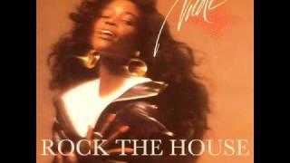 Nicole - Rock The House (Hurley