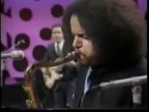 Mongo Santamaria - Heatwave 1984 (part 2 of 3)