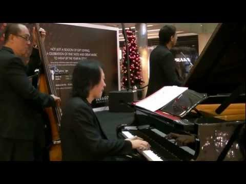 Christmas Island (instrumental)  by Nicholas Lim Trio @ Paragon Music En Vogue 17 Dec 12