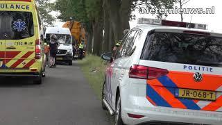 Wielrenner naar ziekenhuis na botsing tegen trekker in Holthone