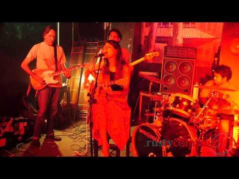Live music at Madake, Hanoi