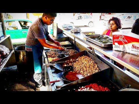 STREET FOOD: CHEAPEST MEXICAN STREET FOOD EVER